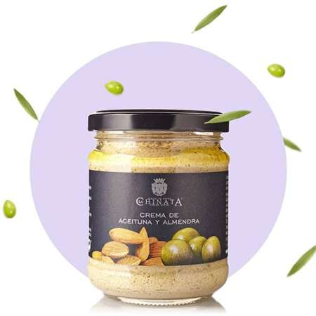 Paté green olives and almonds